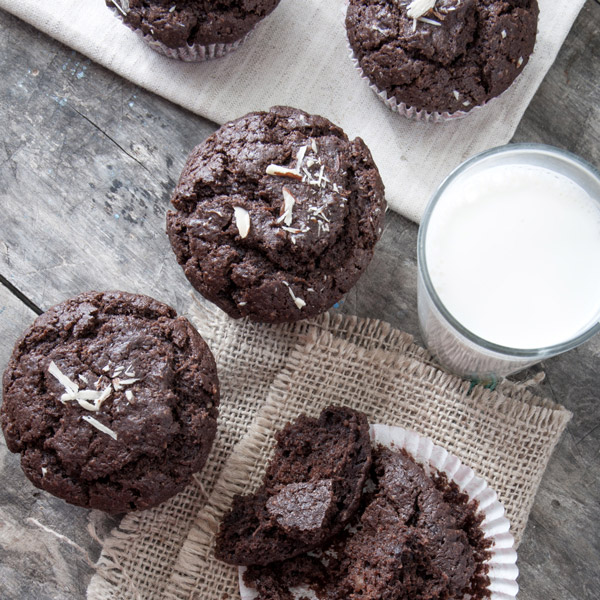 healthy_chocolate_muffins_web